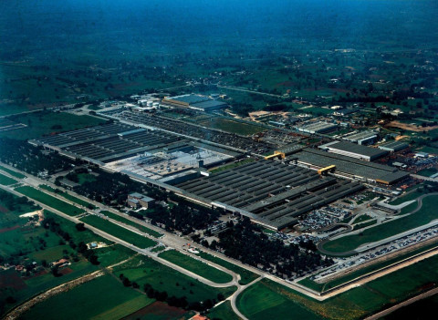 Copertina di La storia dello stabilimento Fiat di Cassino